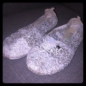 Mad love size 7 lace flats
